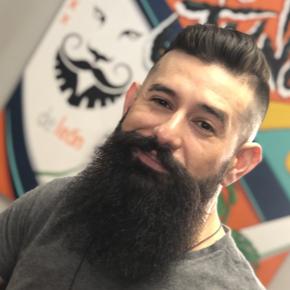 Alex Deleon - High End Men's Barber in Atlanta